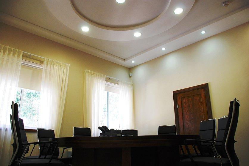 Interior25